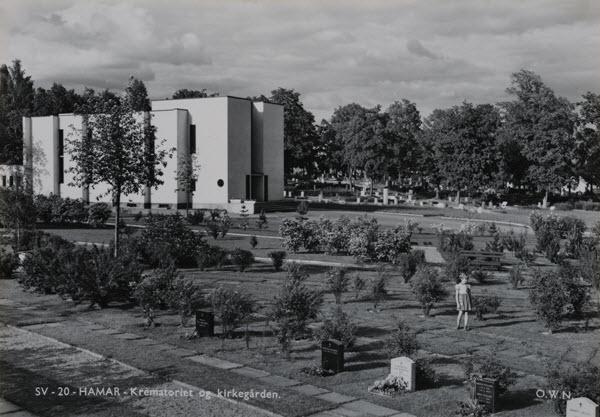 Hamar. Krematoriet og kirkegården.